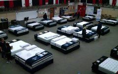 Band to hold mattress palooza