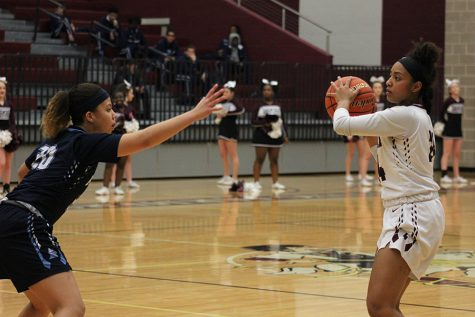 Girls' basketball to play in second round of playoffs