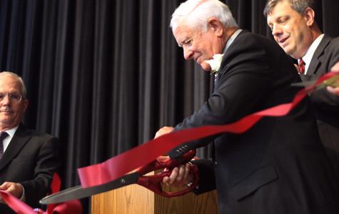 Harmon honored at campus dedication, ribbon cutting