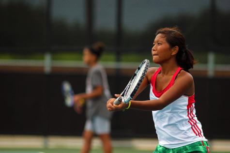 Slideshow: Tennis team makes a racket