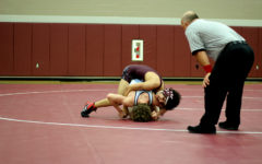 Boys' wrestling hopes to make a comeback