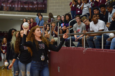 Slideshow: Football vs. Grand Prairie pep rally