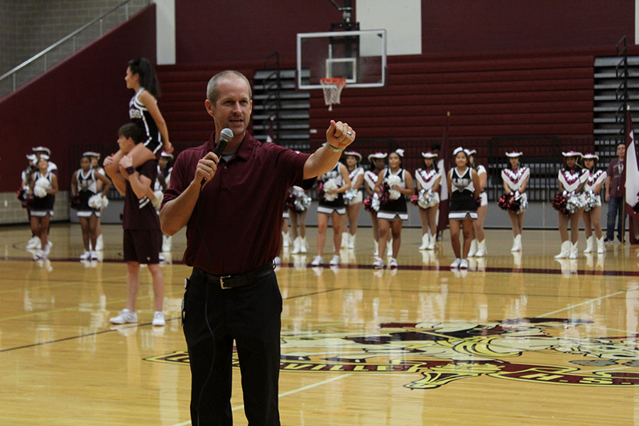 Football+head+coach+Michael+Odle+talks+to+the+crowd+about+the+game+against+Grand+Prairie.